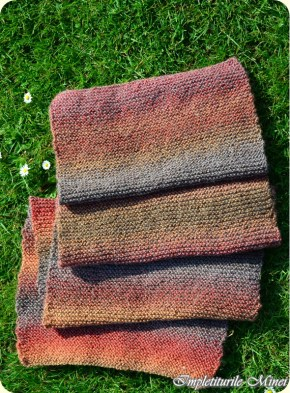 """Fular tricotat """"Punctleneș"""""""