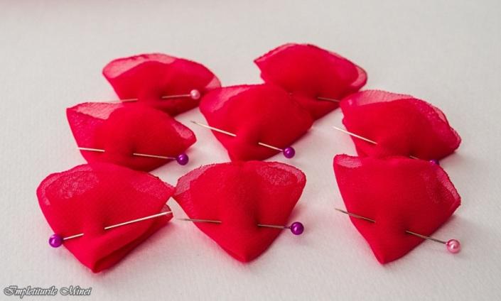 """Floare din material textil """"Bujor"""" - Pasul 3"""