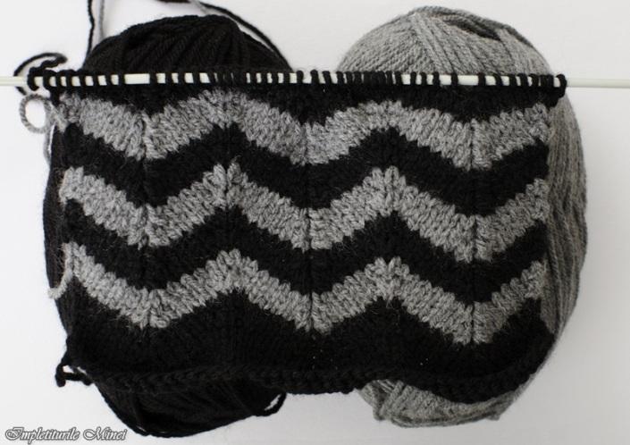 """Modelul de tricotat """"Zig-zag în dungi""""   Împletiturile Minei"""